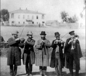 klezmer-musicians-russia-ca-1912-the-russian-museum-of-ethnography-st-petersburg-russia